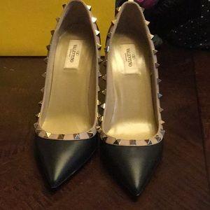 Valentino Sz 40 rock stud heels